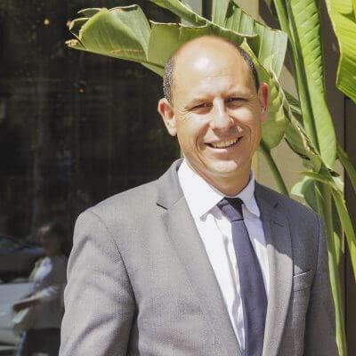 Carlos Juliá